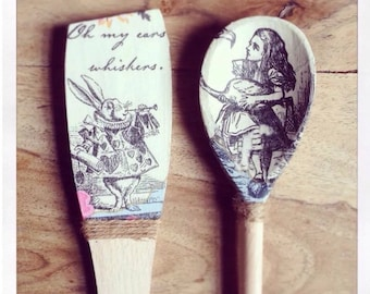 Alice in Wonderland Decorative Spoon and Spatula Set