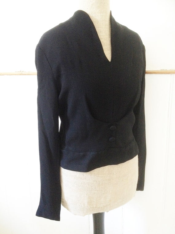 Vintage late 1940s early 1950s black crepe blouse… - image 2