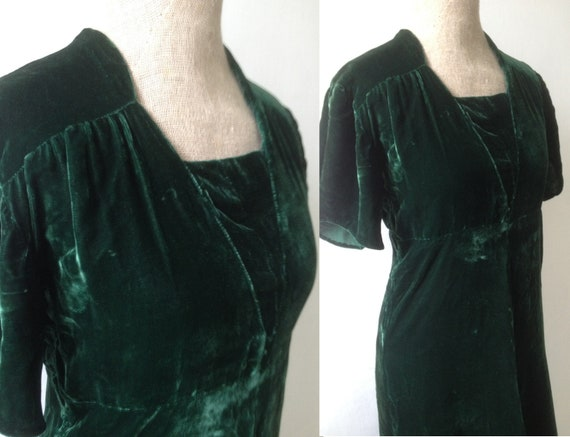 Vintage 1940s green silk velvet dress
