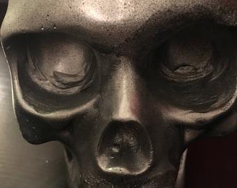 Metallic grey skull