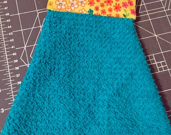 Quilted hanging towel (blue)
