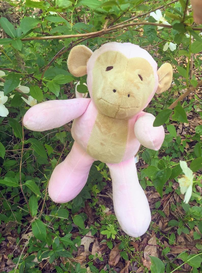 custom made Pink Monkey Soft Heirloom Toys for Kids Stuffed Animal Jungle Friend For Safari Themed Nursery Favorite Zoo Critters To Snuggle