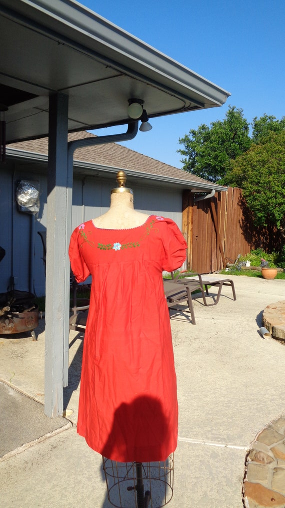 Vintage 70s Mexican Oaxaca Embroidered Dress /Stu… - image 5