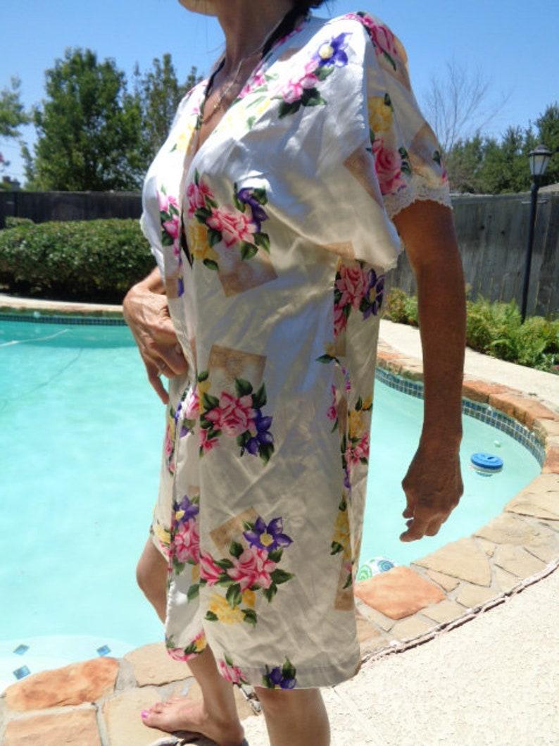 5389c35910d6 Vintage Vintage Robe sleepwear Cover up Secret treasures | Etsy