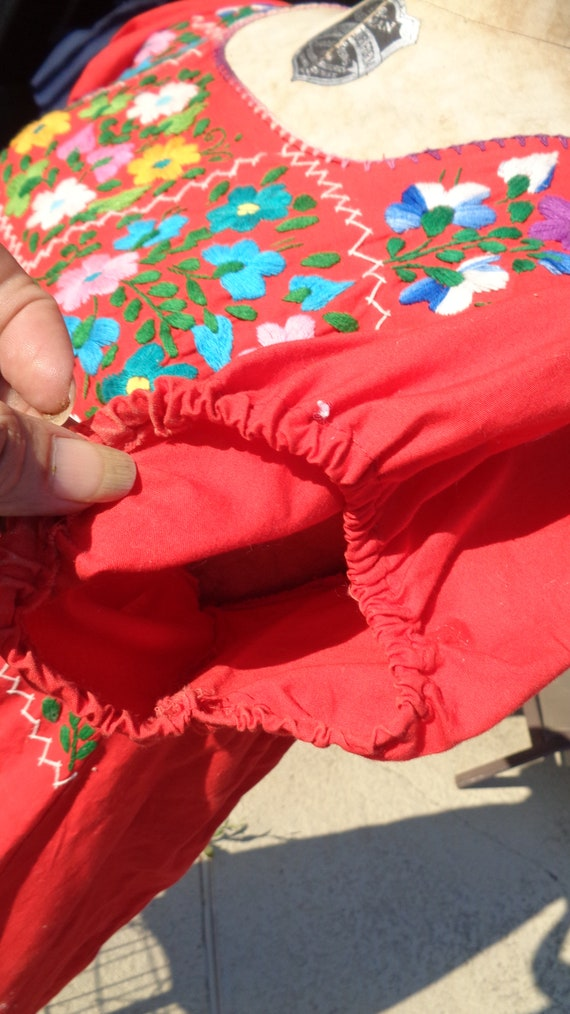 Vintage 70s Mexican Oaxaca Embroidered Dress /Stu… - image 3