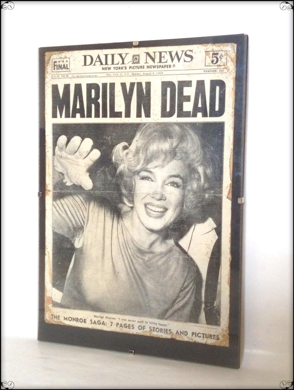 Im Alter von Reproduktion Marilyn Monroe Tod Zeitung | Etsy