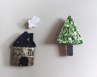 Amanda the little house - handmade brooch