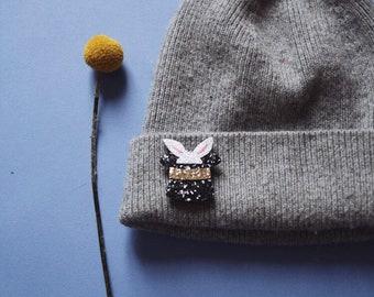 Elia the magic rabbit - handmade brooch