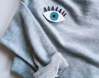 Eye that sees everything - Handmade - vintage - the Rochelle