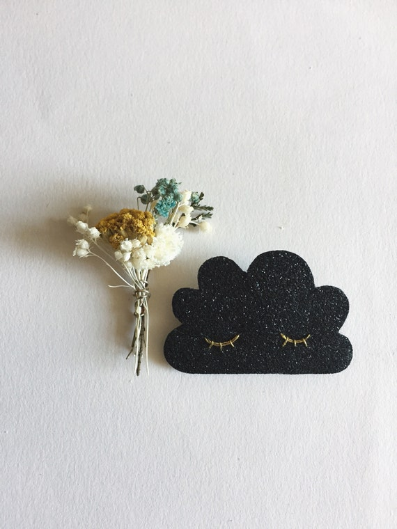 Sleepy cloud brooch