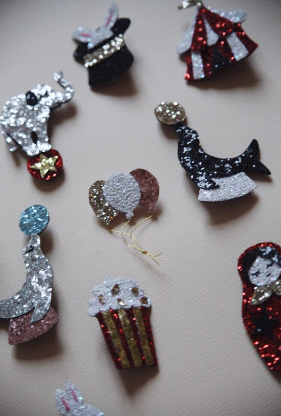 Popi brooch the handmade sequined Pop-Corn with Love in La Rochelle by Tender Cactus