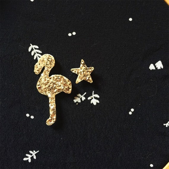 Pack of Flamingo and pine Star nice Pins Handmade in La Rochelle by tender Cactus