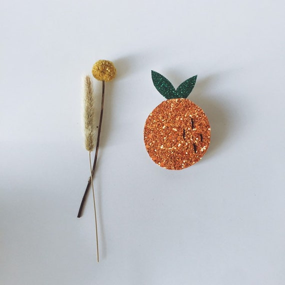 Fruit brooch Myra the beautiful orange made with love in La Rochelle