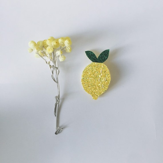 Cyrius the lemon - handmade brooch