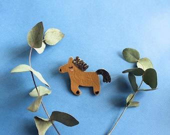 Fosty the horse - handmade brooch