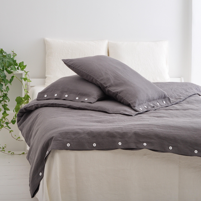 Couverture de duvet de lin, couverture de lin de lit avec des boutons, couverture faite faite faite de duvet de linge de couleur, couverture de duveteuse de linge de taille faite