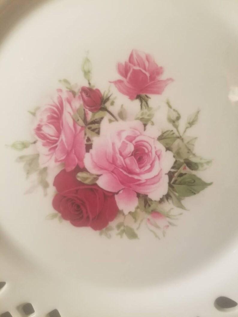 Informalities by Baum Bros Lattice design rose plate