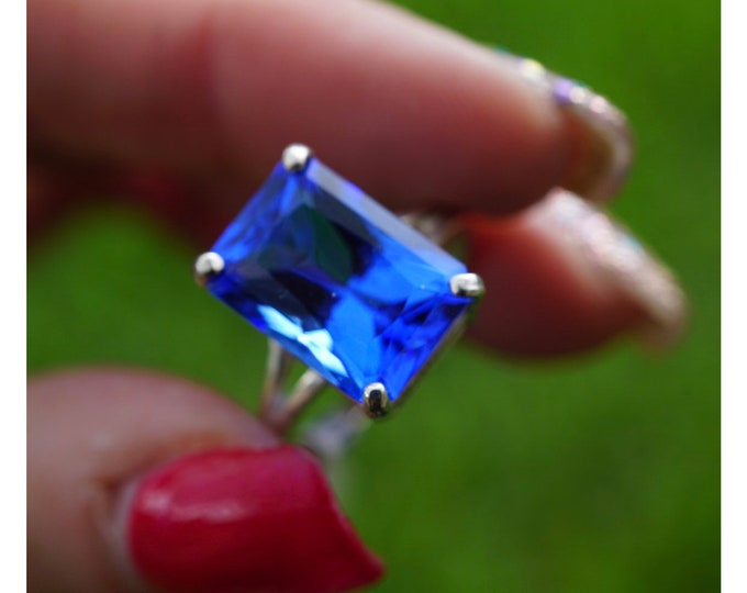 Faceted Siberian BLUE QUARTZ 18x13mm Emerald Cut Ring 925 Silver - Sizes 8 9 10 - This Healing Crystal can assist Clarity P209