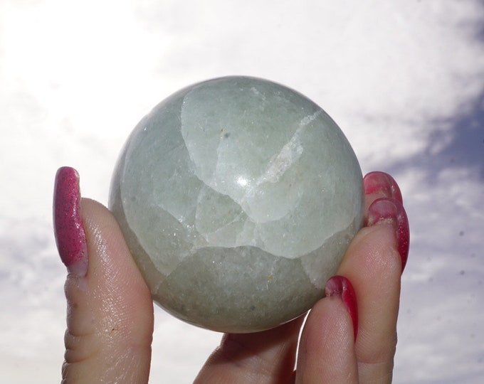 Polished Genuine GREEN JADE Sphere - This Healing Crystal can Atract Money, Love and Heal 50mm R01