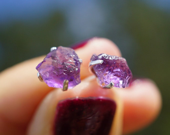 Raw or Rough AMETHYST Stud Earrings in 925 Silver - This healing crystal can be the stone of Spirituality and Sobriety ERAMS