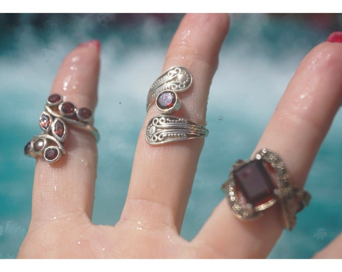 Vintage Faceted GARNET Rings in 925 Sterling Size 5, 6.5, 7 - This Healing Crystal can dissolve energy blocks & ground