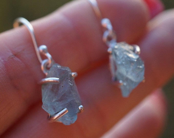 """Raw Blue AQUAMARINE Earrings - 1.2"""" Dangle Crystal Earrings & Studs 925 Silver - This Blue Healing Crystal can be a stress reducer ERAQ BN1"""