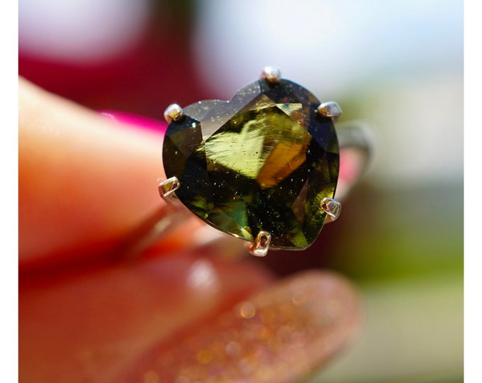 Faceted MOLDAVITE Ring 10mm Heart SIZES 4 5 6 7 8 9 10 11 12 This Healing Crystal can assist with Rapid Transformation - M742d
