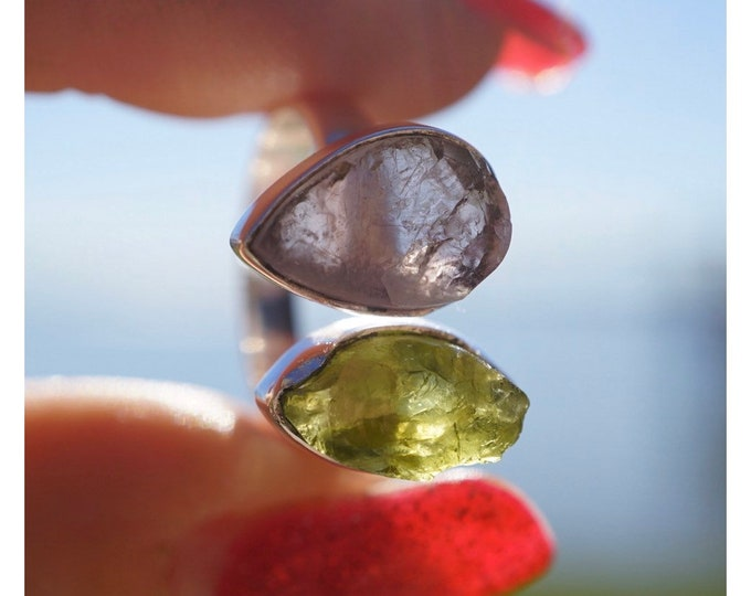 Raw MORGANITE and PERIDOT Ring with 925 Sterling - Adjustable Size 6-7-8 - This Healing Crystal will give you Strong Loving Vibes JF24