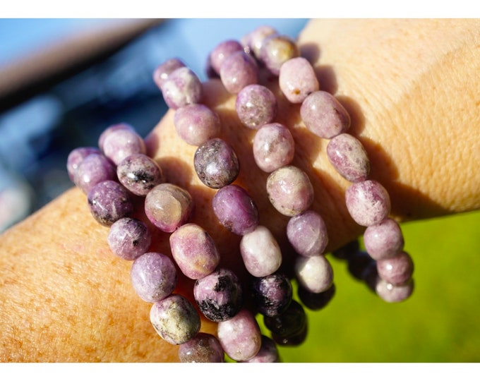 Lilac LEPIDOLITE Bracelet - 6x10mm Nuggets full of Lithium - This Healing Crystal can provide Serenity and Peace - BVLP1