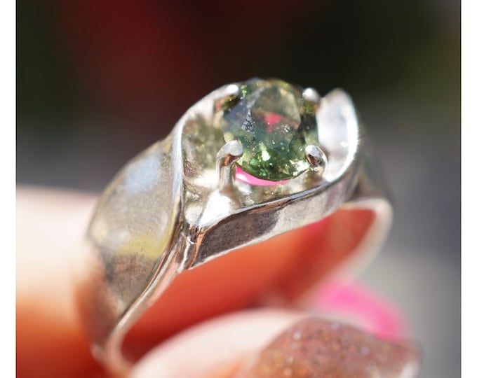 Faceted MOLDAVITE Ring 6mm MENS Sizes 7 8 9 10 11 12 13 14 - This healing crystal tektite can provide rapid transformation  M641d