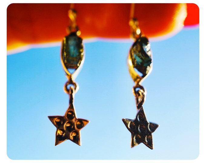 Raw MOLDAVITE Dangle Earrings 925 Silver - Star Earrings This Healing Crystal can Rapidly put you on your spiritual path 37mm K087