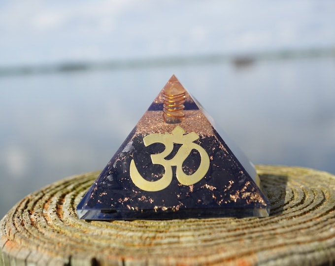 Polished and Full of SHUNGITE and Orgone flakes pyramid with OM symbol - SH01