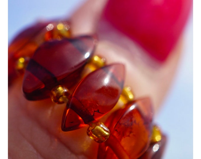 Polished BALTIC AMBER Ring 10x5mm adjustable - This Healing Crystal can have a frequency of allowing Deep Healing K43