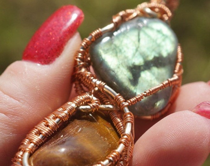Blue LABRADORITE with a TIGER EYE Copper Wrap Pendant- This Healing Crystal can provide Magic & Protection - 80mm WW20