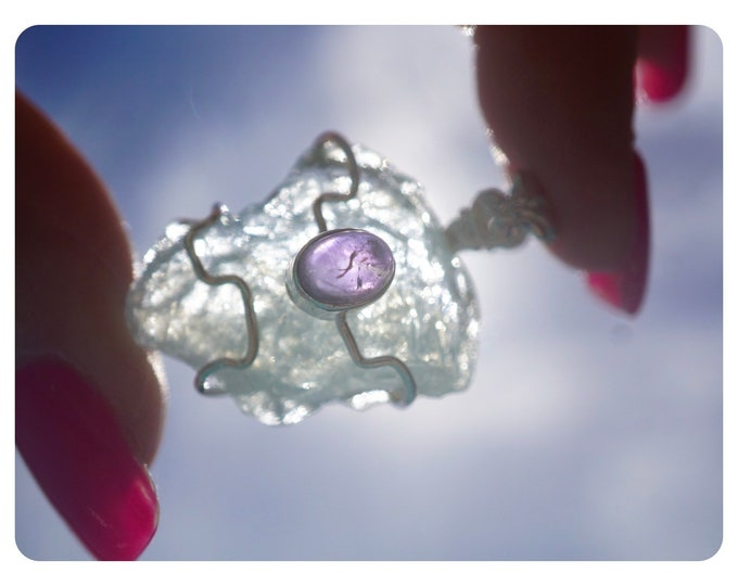 Raw Blue AQUAMARINE pendant with AMETHYST - 925 Silver Wire - 34mm - This Healing Cryatal can be a stone to release stress