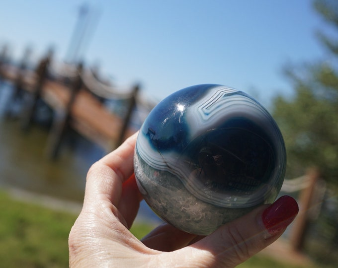 Polished Blue AGATE Sphere - Druzy Crystal ~ fetish eyes in stone - 65 mm -  This Healing Crystal Can help you deal with change SS02