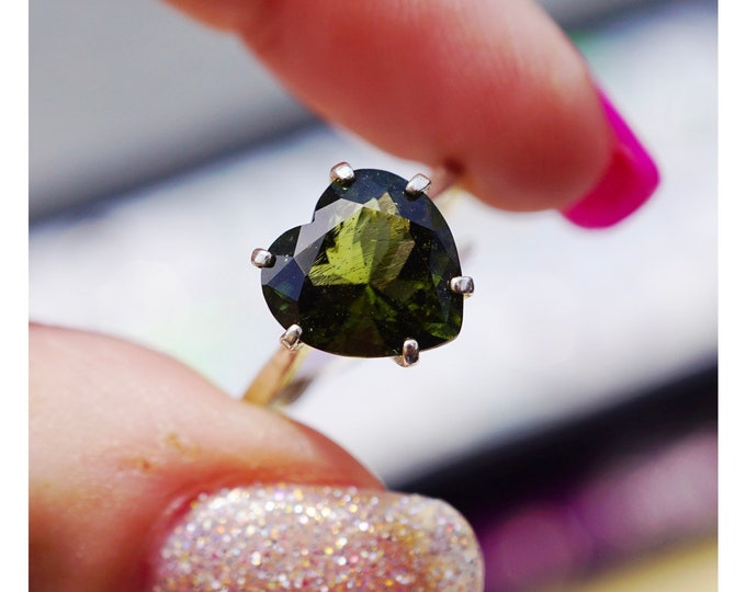 Faceted MOLDAVITE Ring 8mm Heart SIZES 4 5 6 7 8 9 10 11 12 This Healing Crystal can assist with Rapid Transformation - HM743