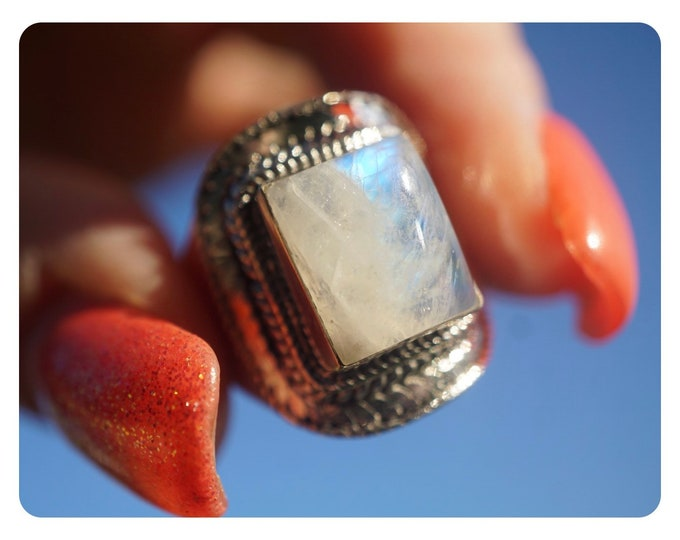 Raw Rainbow MOONSTONE Ring Size 7.5 & 8.5 in 925 Silver - This Healing Crystal can make you feel Beautiful