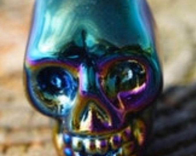 Carved Titanium Quartz Skull ~ This Healing Crystal can dispel sadness ~ 21.80g 2.5cm tall