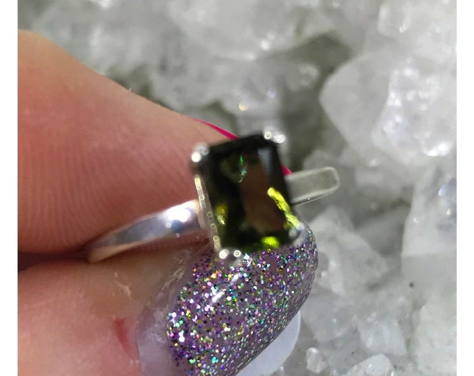 Faceted MOLDAVITE Ring 7x5mm Rectangle Silver Sizes 4 5 6 7 8 9 10 11 12 13 - Can Rapidly puts you on your Spiritual Path HM614