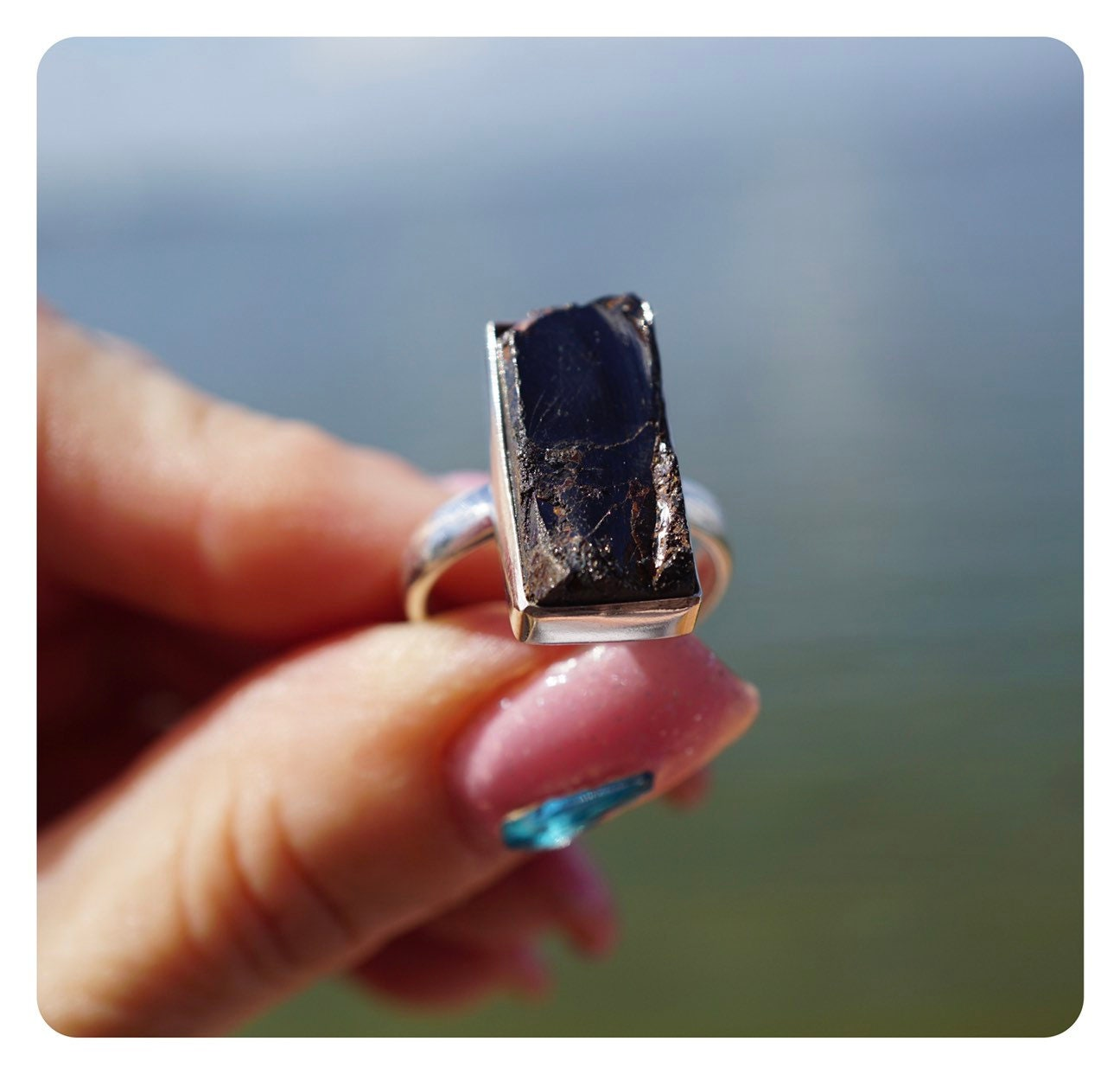 Raw Noble Silver SHUNGITE from Karelia Ring in 925