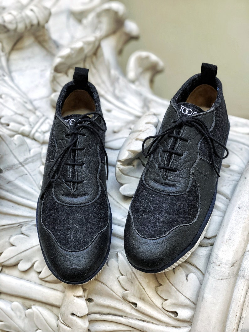 vegan sneakers pinatex shoes comfortable shoes Pinatex and wool sneakers sustainable fashion black shoes wool sneakers sneakers
