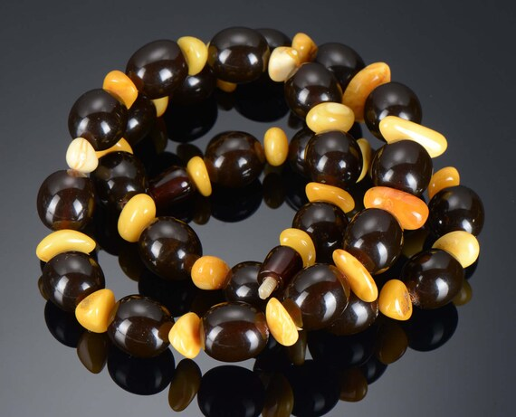 Amazing Vintage rare Russian Amber necklace CHERRY