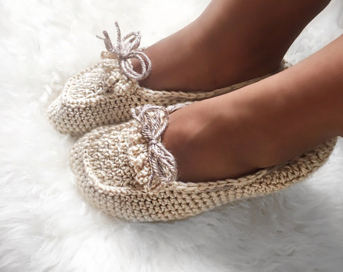 Moccasin Slipper socks // Ladies Loafers // crochet socks // crochet slippers