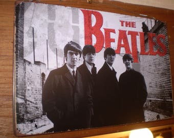 Vintage Hanging Sign The Beatles in great condition