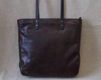 Cabas bag with zipper
