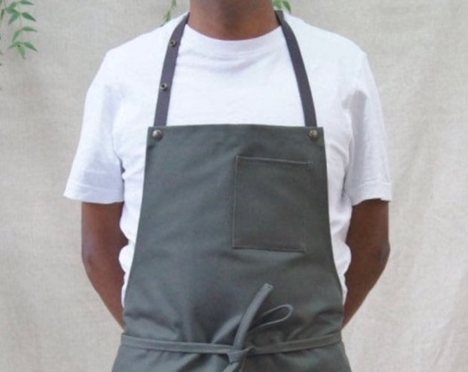 """Chief"" apron"