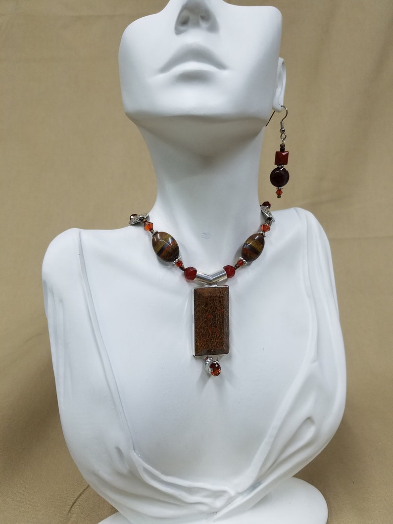 Dinosaur Bone and Garnet beaded necklace 441 image 0