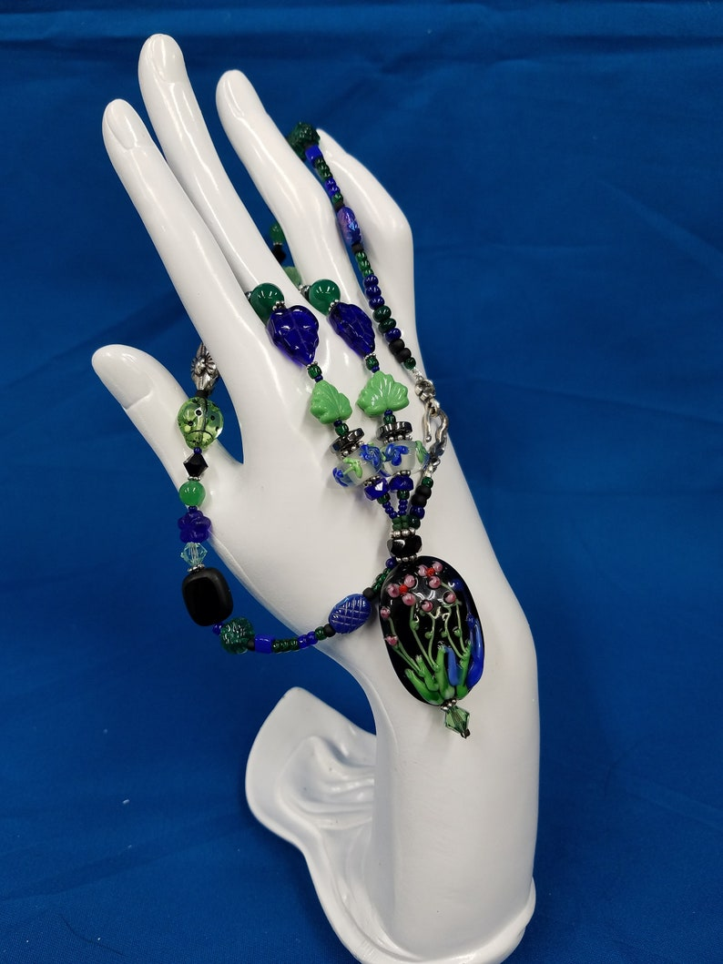 Chinese lampwork flower bead necklace 432 image 0