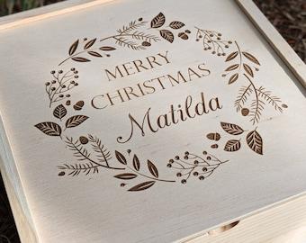 Christmas Eve Wreath Box - Family Christmas Box - Personalised Xmas Hamper - Keepsake Box - Gift Box